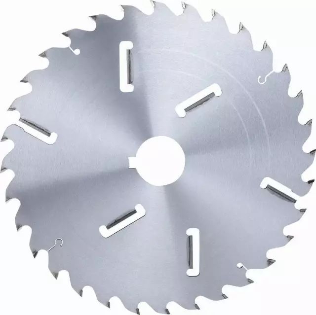 Correct use of woodworking saw blades