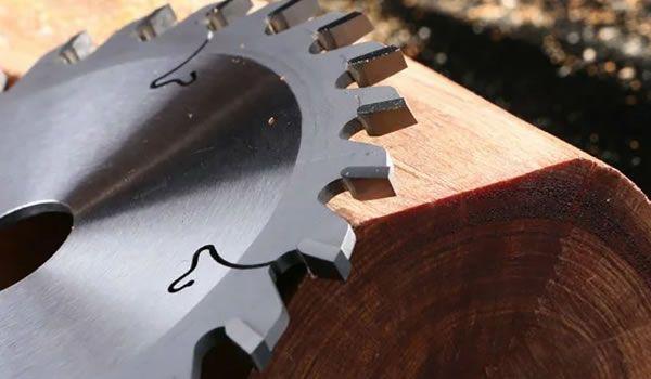 Carbide saw blades