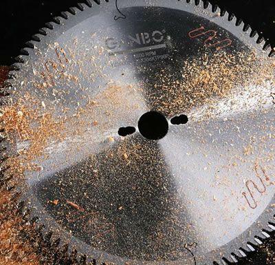 Alloy circular saw blade
